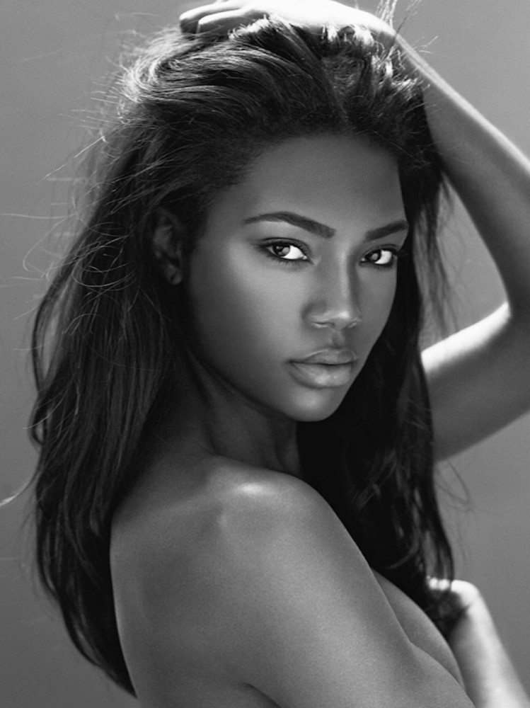 Model Afiya Bennett Shares Details..