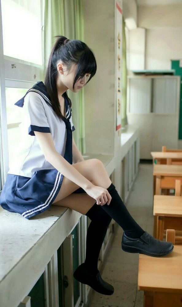 "chinese schoolgirl uniform""お.."