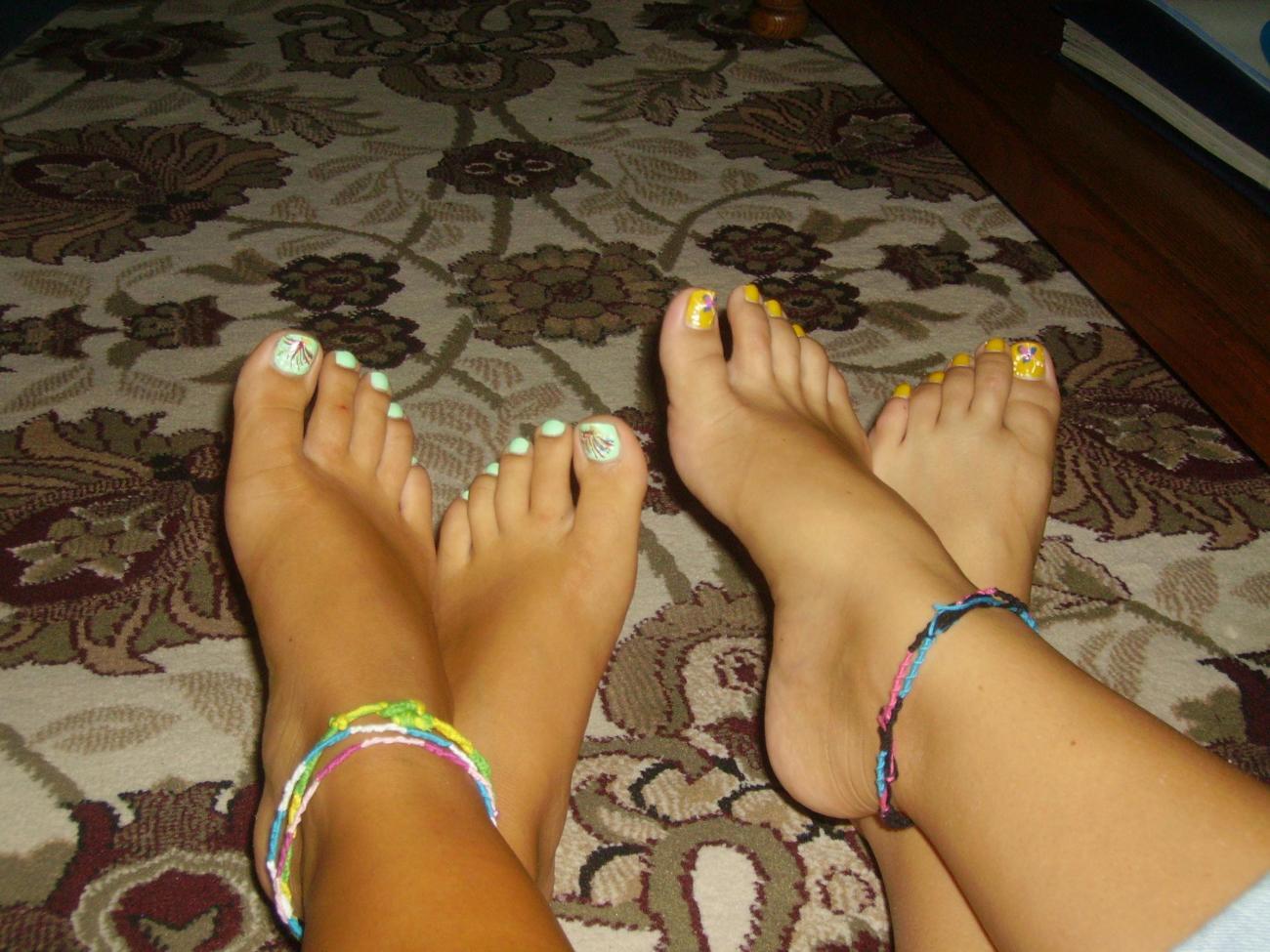 Fledgling Feet&Legs