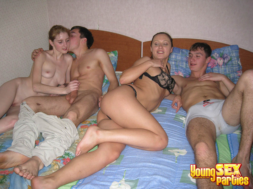 Nubile Romp PARTIES: youngsters..