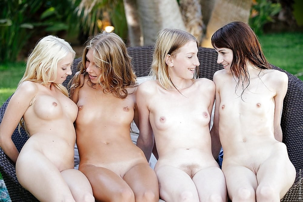Nude young ladies on