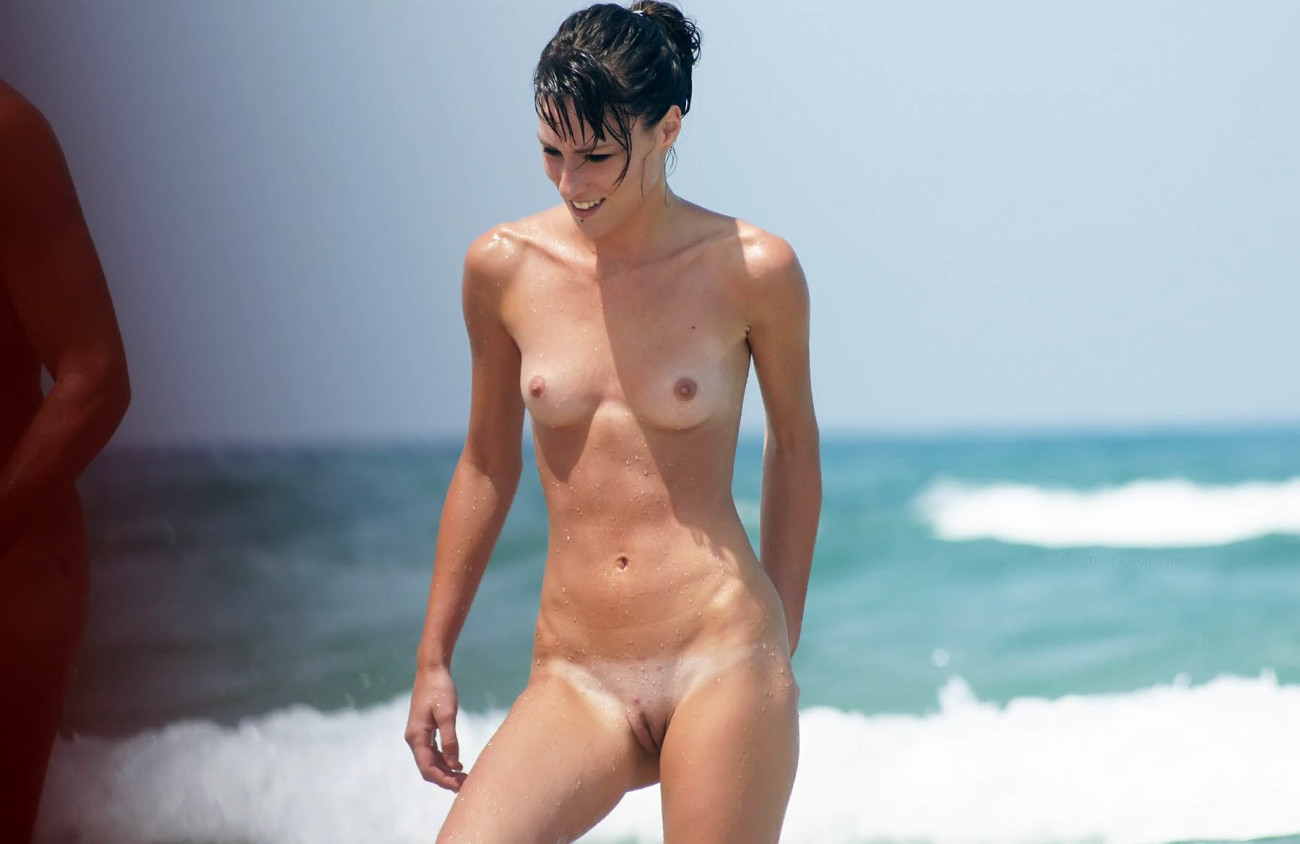 Naked Beach  & Pictures, Nubile..
