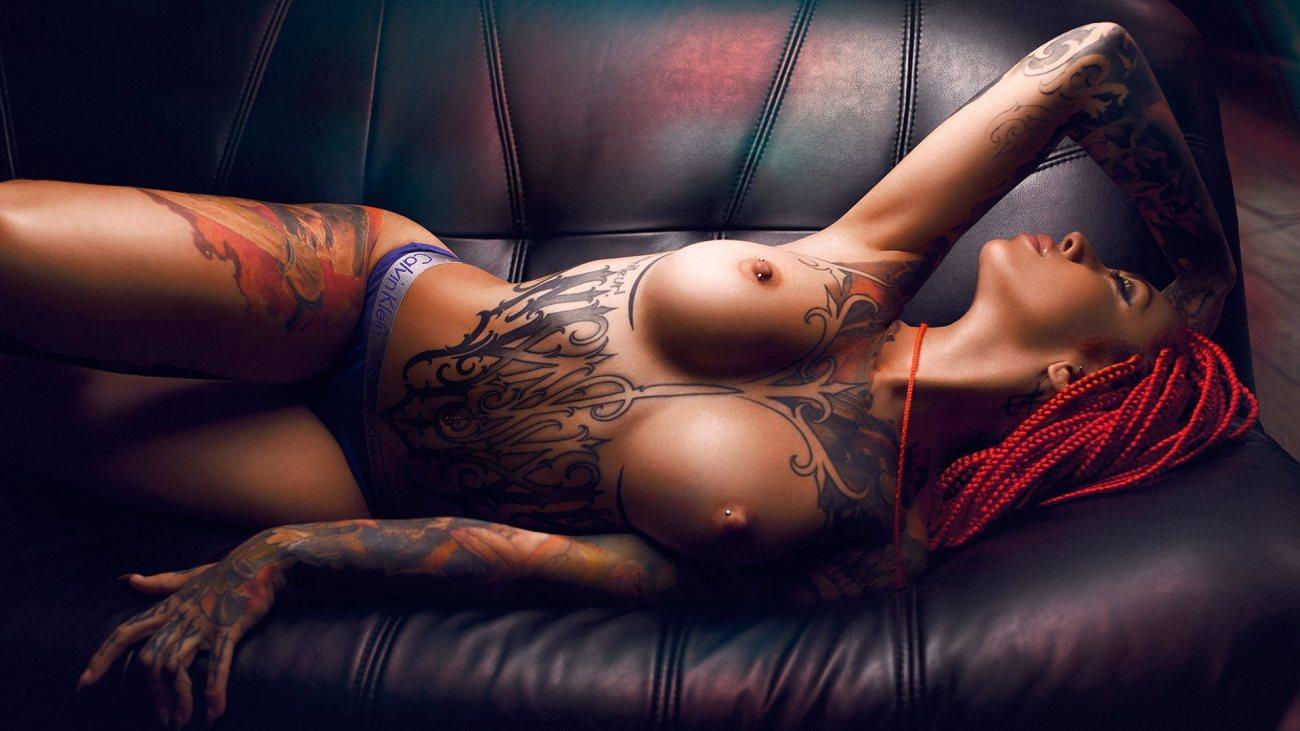 Diana Bentley  nackt
