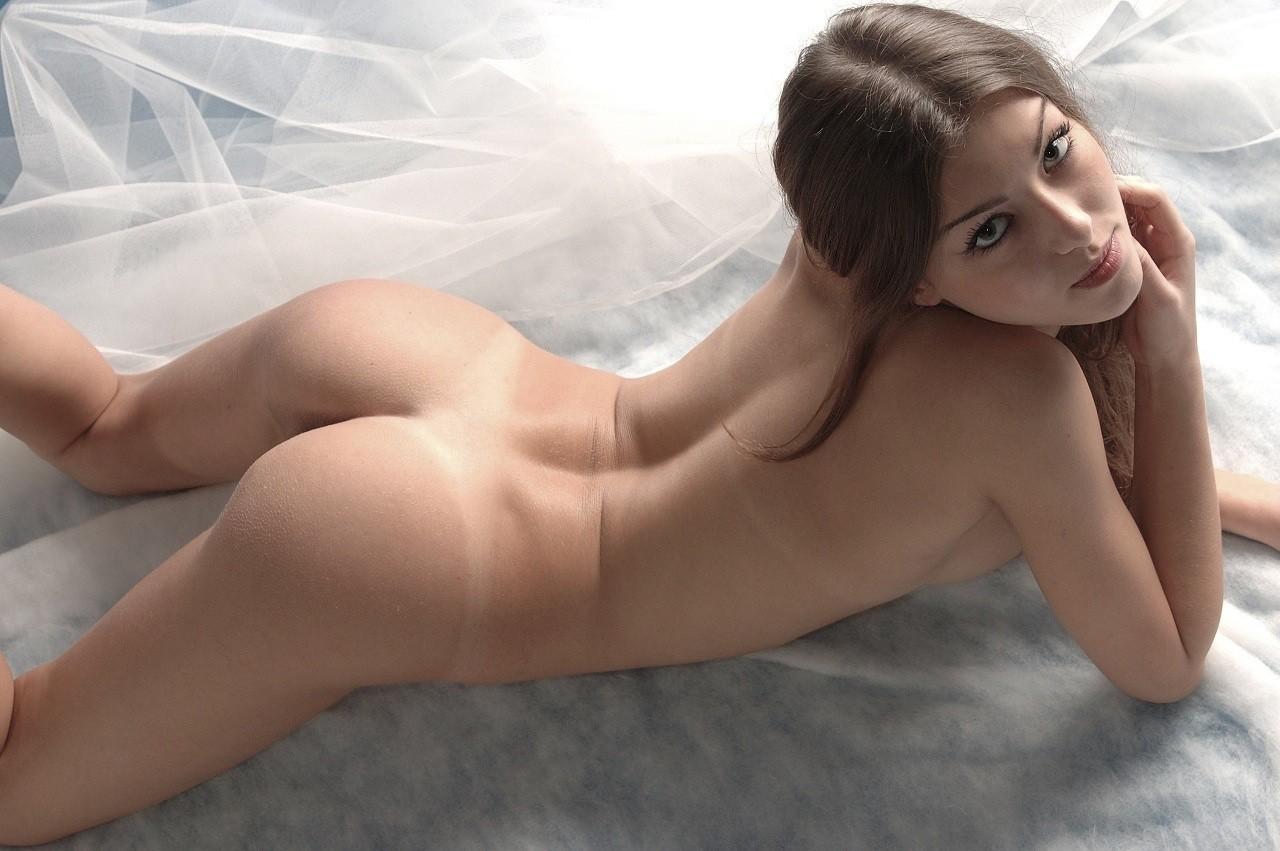 Pics showcasing for Free Super hot..