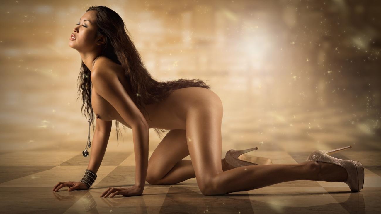 Cool stunner wallpaper naked - Honeys..