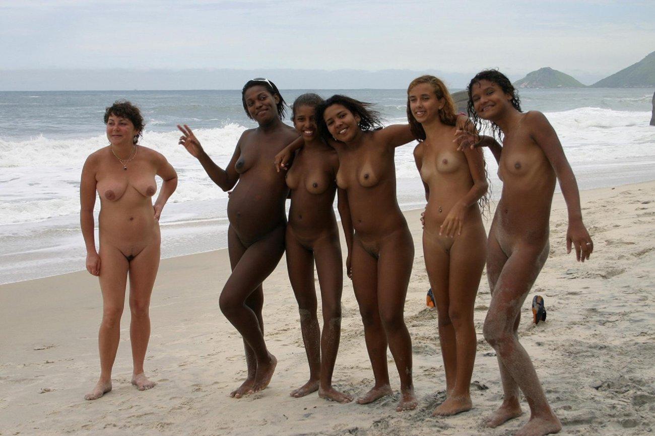 Много голых баб (18+):..