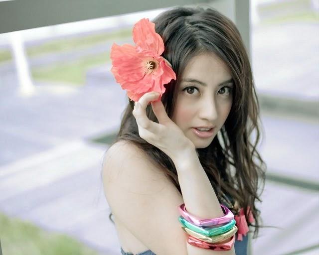 Image Gallery: China Wondrous Singer..