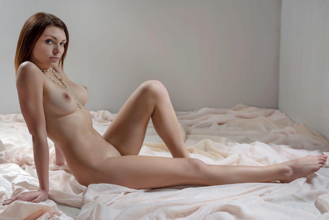 Обои Shenila, beauty, naked, bare..