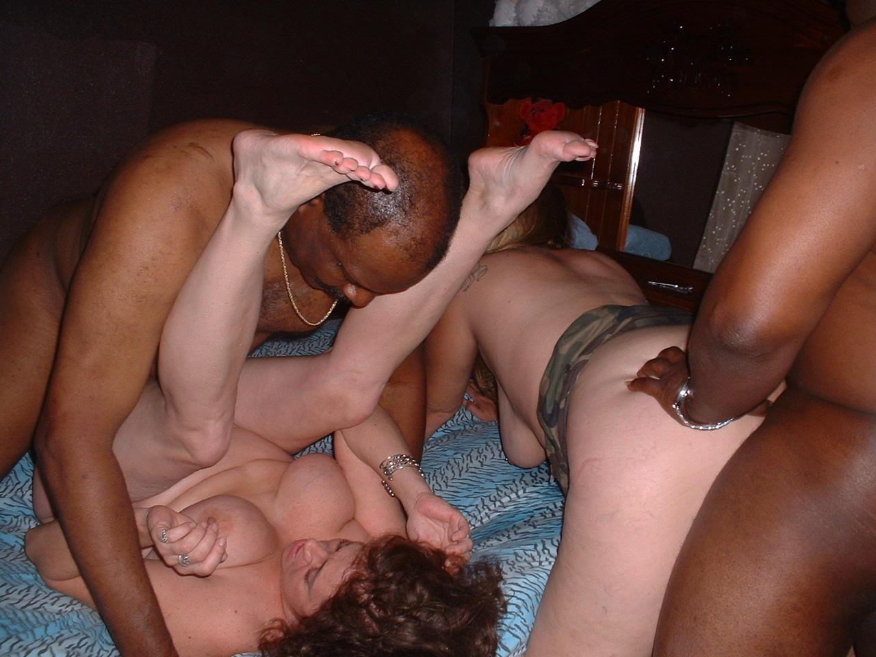 Club Hotsexyfriends Com Multiracial..