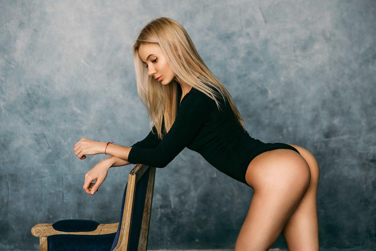 #women, #blonde, #ass, #tanned,..