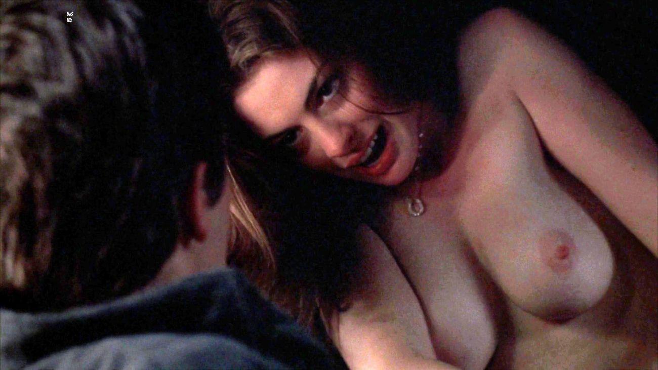 Ann Hathaway Lezzie Naked Image BLueDols