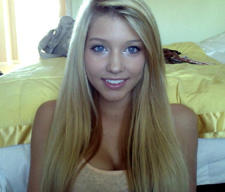 Ultra-cute girl-schoolgirl with sexy..