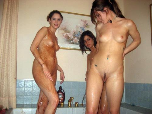 Nubie coeds milking and gargling man's..